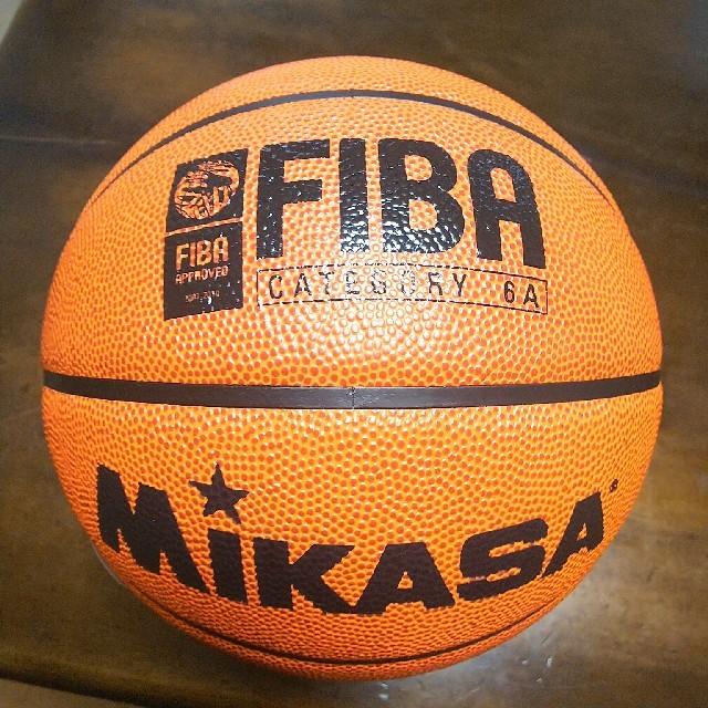 MIKASA(ミカサ)のミカサ バスケットボール6号球 スポーツ/アウトドアのスポーツ/アウトドア その他(バスケットボール)の商品写真