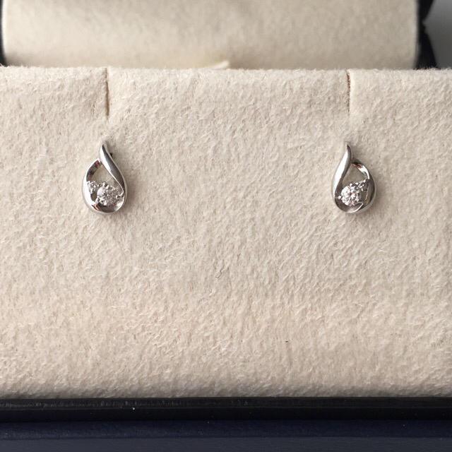 Vendome Aoyama(ヴァンドームアオヤマ)の① ヴァンドーム青山  PT ダイヤモンド ピアス  レディースのアクセサリー(ピアス)の商品写真