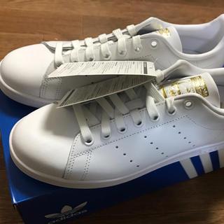 アディダス(adidas)のアディダス スタンスミス ホワイト×ゴールド F36575 25.5(スニーカー)