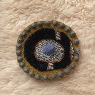 ミナペルホネン(mina perhonen)のミナペルホネンハンドメイドブローチ(コサージュ/ブローチ)