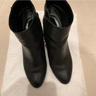 DIANA - ダイアナ ウェルフィット 黒ブーツ