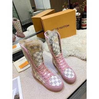 ルイヴィトン(LOUIS VUITTON)のルイヴィトン ピンク ブーツ 兎毛 ダミエ 人気 新品 女性 22.5-25cm(ブーツ)