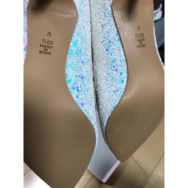 DIANA(ダイアナ)のDIANA グリッター パンプス ホワイト レディースの靴/シューズ(ハイヒール/パンプス)の商品写真