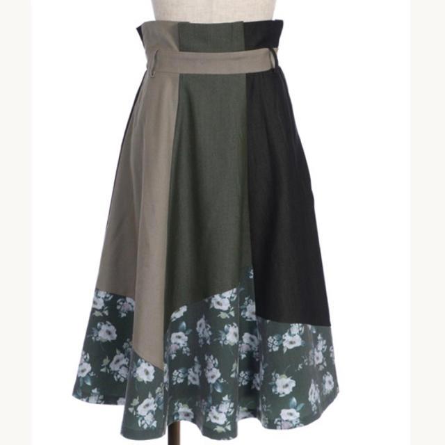 axes femme(アクシーズファム)のパッチワークスカート カーキ レディースのスカート(ひざ丈スカート)の商品写真