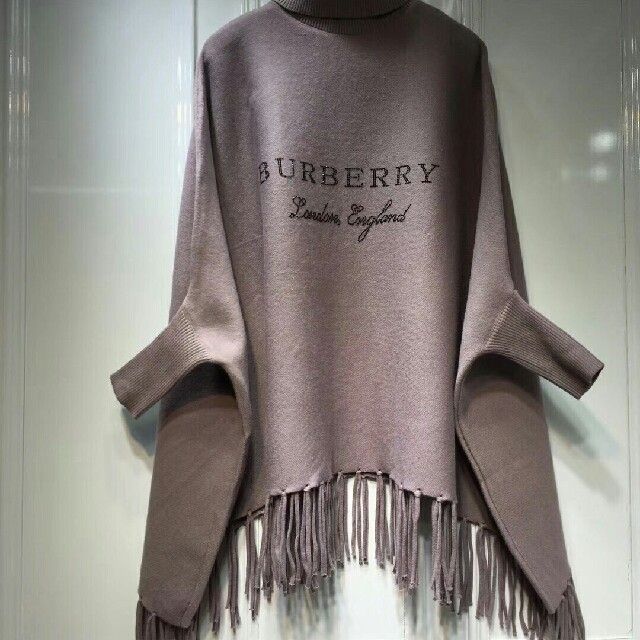 BURBERRY(バーバリー)のバーバリー マフラー ショール 未使用 レディースのファッション小物(マフラー/ショール)の商品写真
