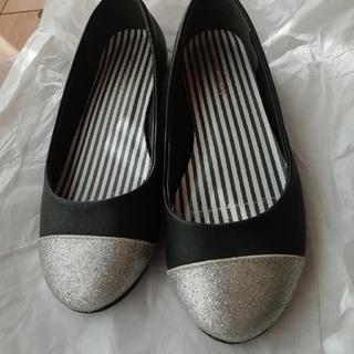 シルバー&黒の靴(ハイヒール/パンプス)