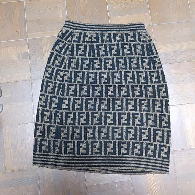 FENDI(フェンディ)の★るんさま専用★FENDI ニットスカート 正規品 レディースのスカート(ひざ丈スカート)の商品写真