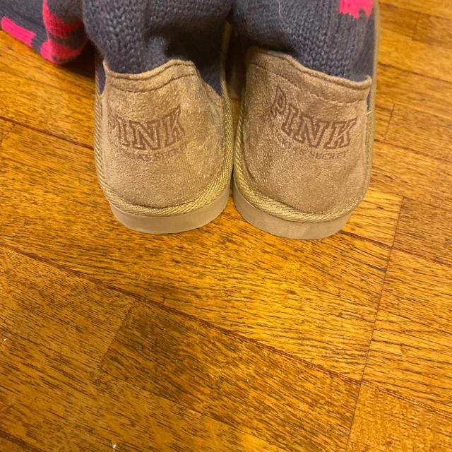 Victoria's Secret(ヴィクトリアズシークレット)のヴィクトリアシークレット ピンク ニットブーツ レディースの靴/シューズ(ブーツ)の商品写真