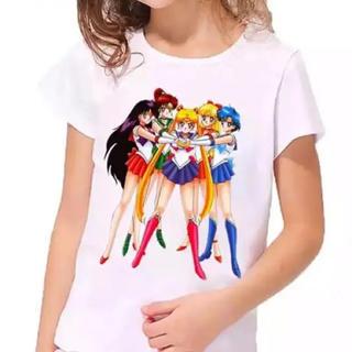 セーラームーン - セーラームーン キッズ白Tシャツ 5Tサイズ(団結5戦士柄)