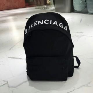 Balenciaga - 大人気  バレンシアガ リュック/黒い