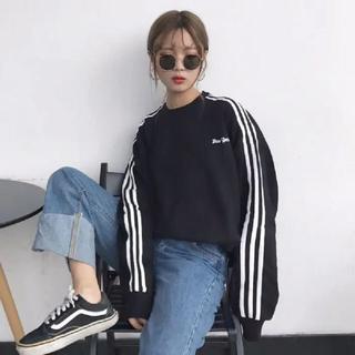 韓国ファッション♡ 袖ライントレーナー
