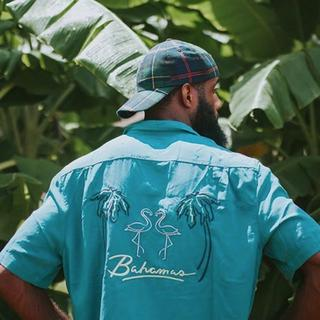ステューシー(STUSSY)のアロハシャツ|Urban Outfitters|刺繍|Lサイズ|日本未発売(シャツ)