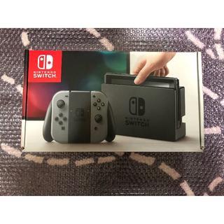 ニンテンドースイッチ(Nintendo Switch)のNintendo Switch 本体 Joy-Con (L) / (R) グレー(家庭用ゲーム機本体)