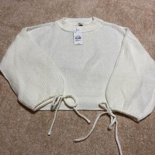 アースミュージックアンドエコロジー(earth music & ecology)の白のセーター(ニット/セーター)