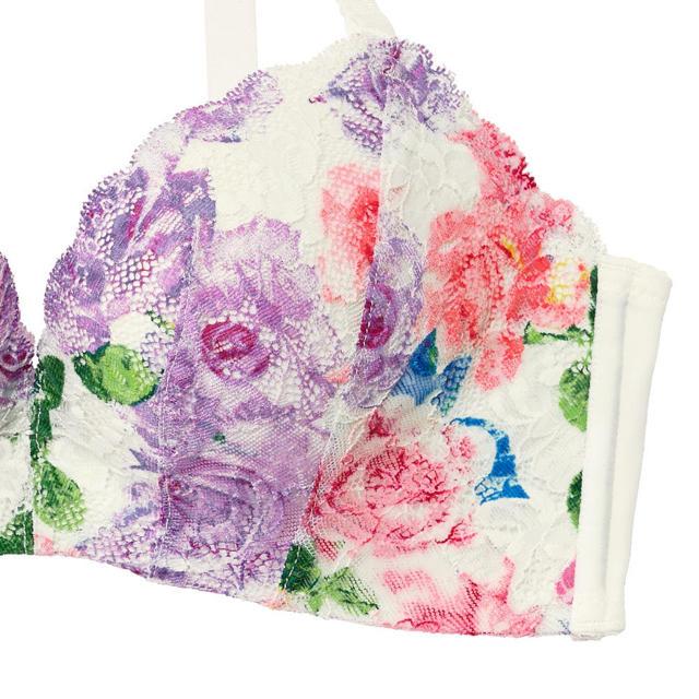 aimer feel(エメフィール)のエメフィール ブラ&ショーツ レディースの下着/アンダーウェア(ブラ&ショーツセット)の商品写真