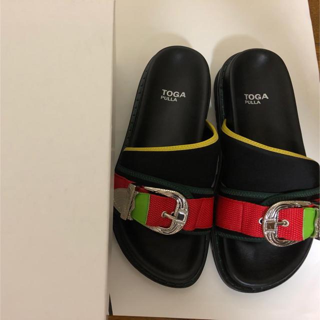 TOGA(トーガ)の新品 未使用 TOGA PULLA Metal buckle sandals レディースの靴/シューズ(サンダル)の商品写真