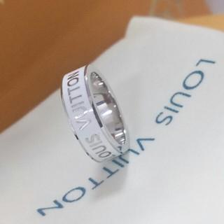 ルイヴィトン(LOUIS VUITTON)のルイヴィトン LV 指輪 リング 男女兼用 超美品(リング(指輪))