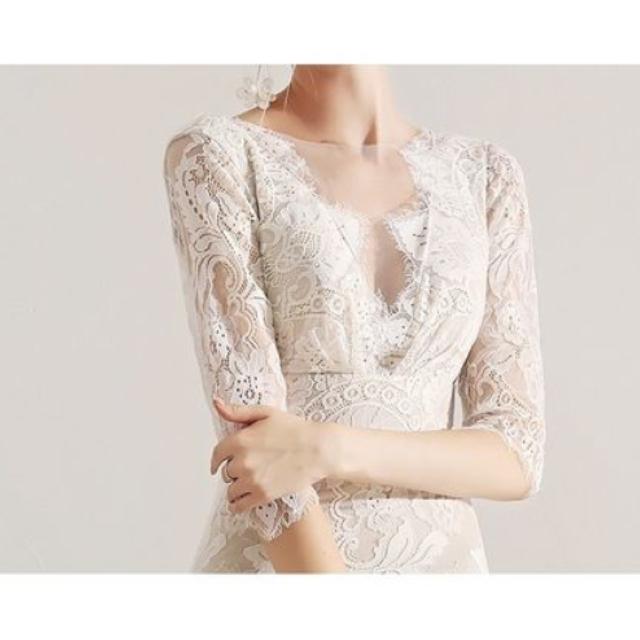 asos(エイソス)の総レース ハイウエスト マキシ丈 ベージュ レース 袖付き ウェディングドレス レディースのフォーマル/ドレス(ウェディングドレス)の商品写真