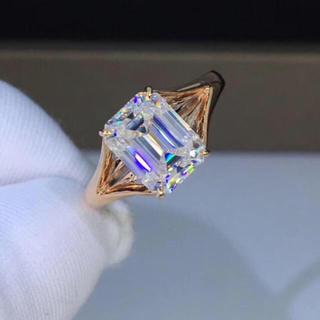 【2カラット 】 エメラルド ダイヤモンド リング(リング(指輪))