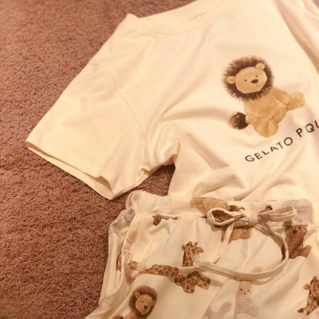 gelato pique(ジェラートピケ)の新品♡完売レア♡ジェラートピケ アニマルワンポイントTシャツ&パンツ ライオン レディースのルームウェア/パジャマ(ルームウェア)の商品写真