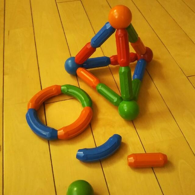 BorneLund(ボーネルンド)のマッドマグ(マグネットブロック)ボーネルンド キッズ/ベビー/マタニティのおもちゃ(積み木/ブロック)の商品写真