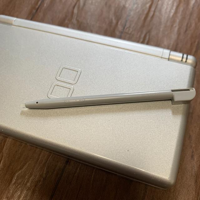 ニンテンドーDS(ニンテンドーDS)のニンテンドー DS エンタメ/ホビーのゲームソフト/ゲーム機本体(携帯用ゲーム機本体)の商品写真