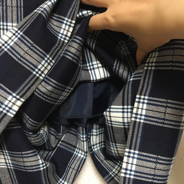 GU(ジーユー)の【美品】GU チェックナロースカート レディースのスカート(ひざ丈スカート)の商品写真
