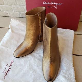 サルヴァトーレフェラガモ(Salvatore Ferragamo)のフェラガモのブーツ(ブーツ)