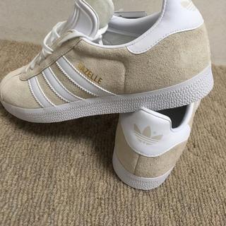 adidas - GAZELLE ガゼル クリーム メンズ スニーカー b41646