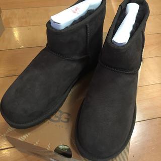 UGG - 新品未使用 UGG ミニクラシック チョコレート 22 ムートン ブーツ