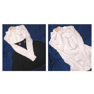 ヴィヴィアンウエストウッド(Vivienne Westwood)のVW 大きなリボンとフリルのブラウス(10日迄の出品)(シャツ/ブラウス(長袖/七分))