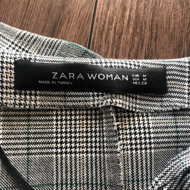 ZARA(ザラ)のZARA チェック柄 ラップブラウス M レディースのトップス(シャツ/ブラウス(長袖/七分))の商品写真