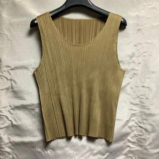 PLEATS PLEASE ISSEY MIYAKE - PLEATS PLEASE ISSEY MIYAKE ノースリーブカットソー