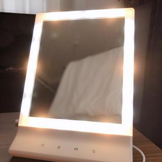 Francfranc - LEDライト付きミラー