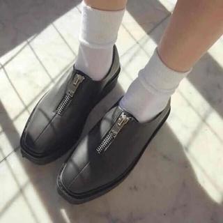 ユニフ(UNIF)のユニフ 靴 スニーカー ブーツ シューズ ブラック ジッパー付き ジッパー(スニーカー)