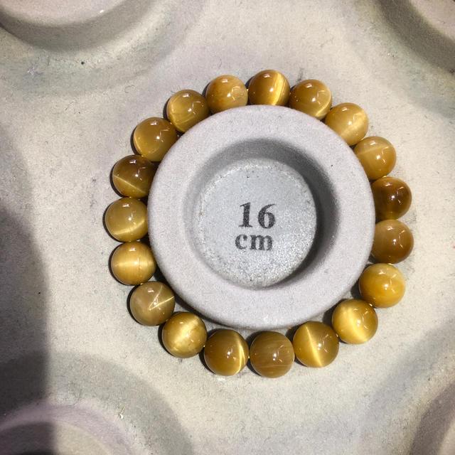 新品 イエロータイガーアイ‼️内周16センチ メンズのアクセサリー(バングル/リストバンド)の商品写真