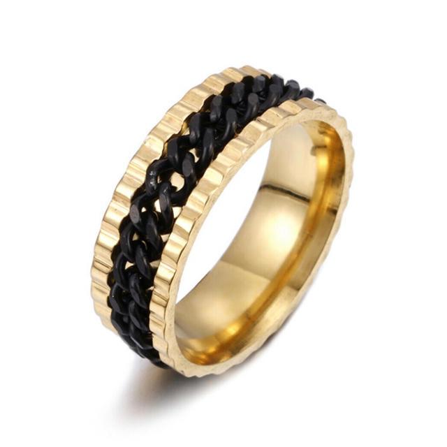 特価!ブラックチェーンのゴールドステンレスリング 15、16号相当 メンズのアクセサリー(リング(指輪))の商品写真