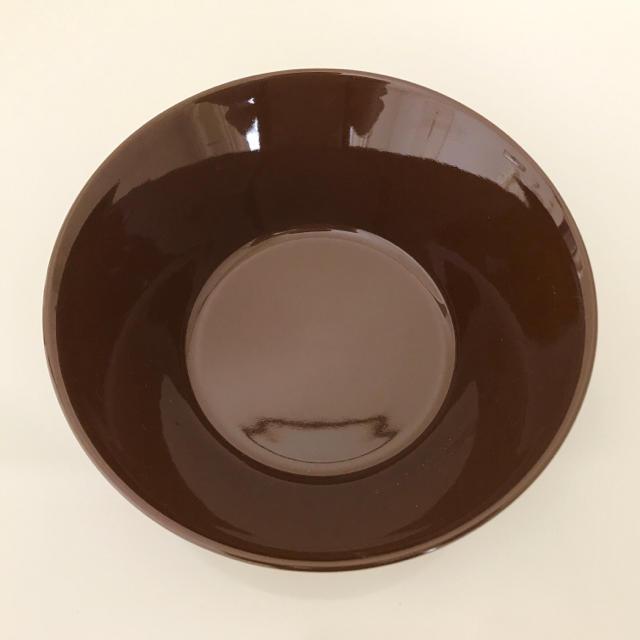 iittala(イッタラ)の【美品】ティーマ ブラウン 15cmボウル インテリア/住まい/日用品のキッチン/食器(食器)の商品写真