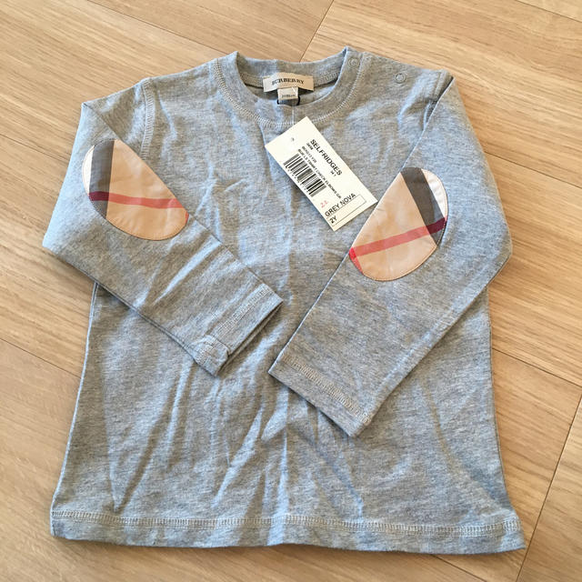 BURBERRY(バーバリー)のBurberry 子供服 2才 86cm キッズ/ベビー/マタニティのキッズ服男の子用(90cm~)(Tシャツ/カットソー)の商品写真