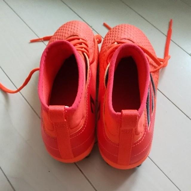 adidas(アディダス)のアディダス サッカースパイク ジュニア 20cm スポーツ/アウトドアのサッカー/フットサル(シューズ)の商品写真