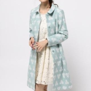 トッカ(TOCCA)の美品 TOCCA SILVER LEAF 刺繍コート 6(ロングコート)