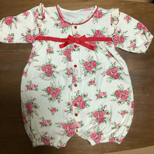 Nishiki Baby(ニシキベビー)の花柄の2ウェイオールと新生児肌着&帽子(帽子は未使用) キッズ/ベビー/マタニティのベビー服(~85cm)(カバーオール)の商品写真