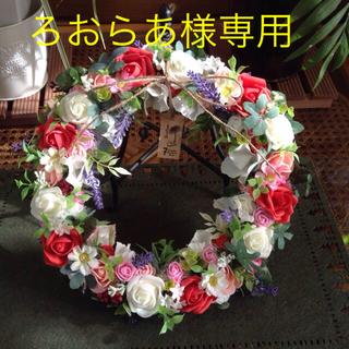 バラがいっぱい造花のリース🌹🌹大きいsizeです✨✨(リース)