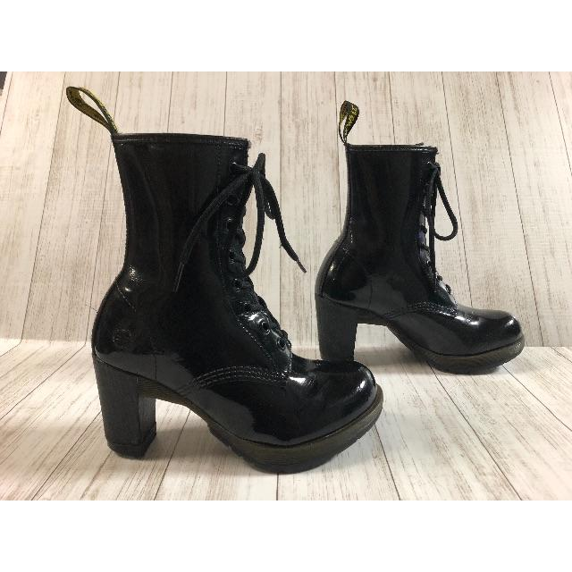 Dr.Martens(ドクターマーチン)の美品 レアモデル☆☆ブラックパテントレザーDARCIE☆☆ヒールブーツ レディースの靴/シューズ(ブーツ)の商品写真