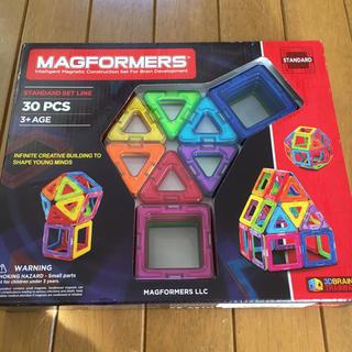 マグフォーマー  30ピース 知育玩具(知育玩具)