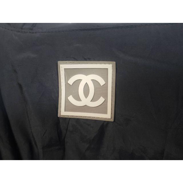 CHANEL(シャネル)のHM-14 古着 CHANEL パーカー付ジャケット レディースのジャケット/アウター(ナイロンジャケット)の商品写真