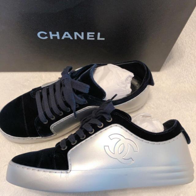 CHANEL(シャネル)の週末限定お値下げ‼︎ CHANEL シャネル スニーカー レディースの靴/シューズ(スニーカー)の商品写真
