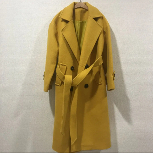 ZARA(ザラ)の☀︎様専用 バースデーバッシュ コート イエロー レディースのジャケット/アウター(ロングコート)の商品写真