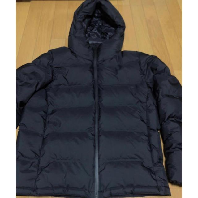 UNIQLO(ユニクロ)のユニクロ シームレスダウン  ネイビー Lサイズ メンズのジャケット/アウター(ダウンジャケット)の商品写真