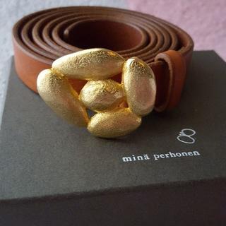 ミナペルホネン(mina perhonen)のmina perhonen ミナ ペルホネン leaf 牛革レザーベルト 真鍮(ベルト)